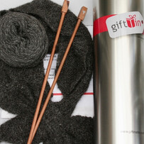 Knitting Tin : Sweetheart Neckwarmer